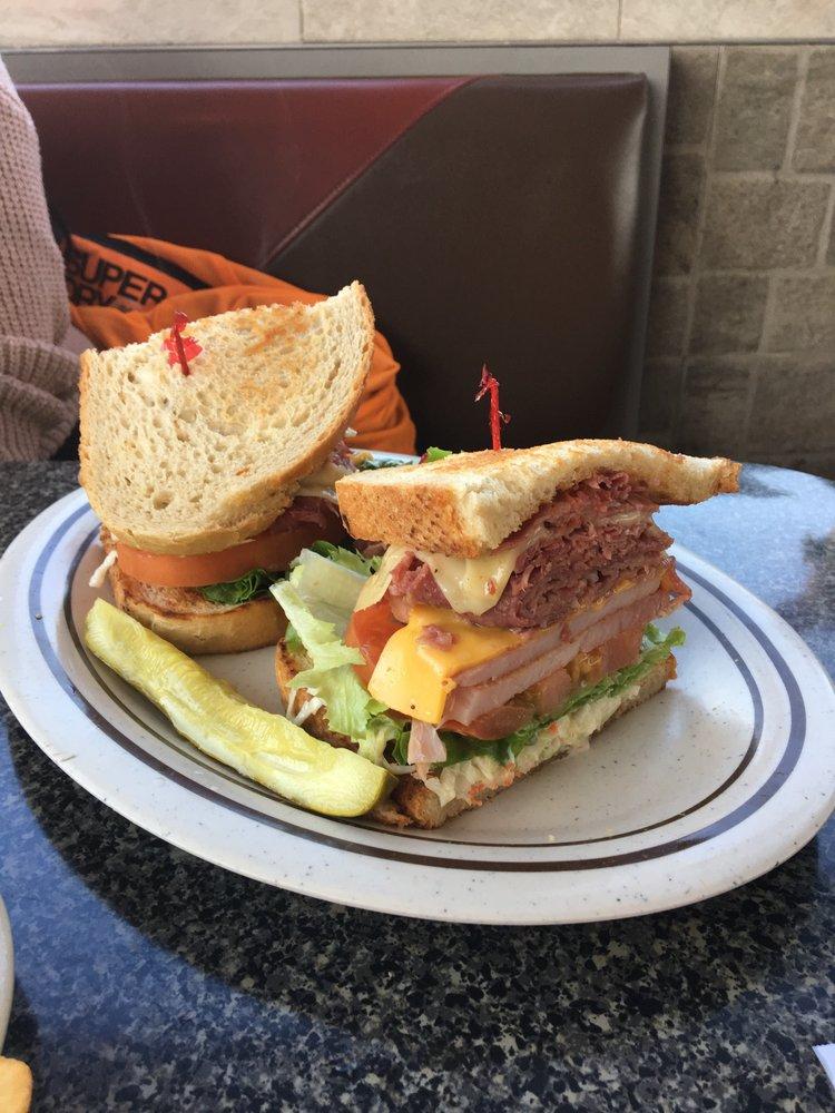 Martin's Ham & Cornbeef: 24564 Van Dyke Ave, Center Line, MI