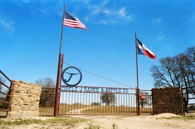 Circle J Guest Ranch: 8922 FM1861, Eustace, TX