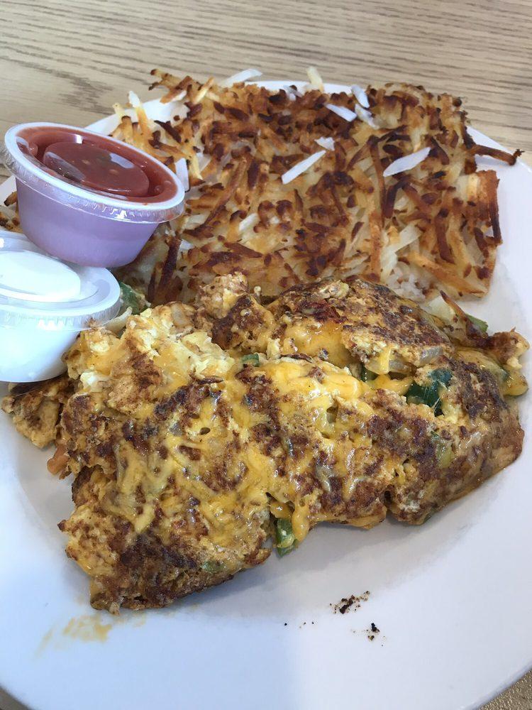 Kaddy's Kafe: 236 E Main St, La Crescent, MN
