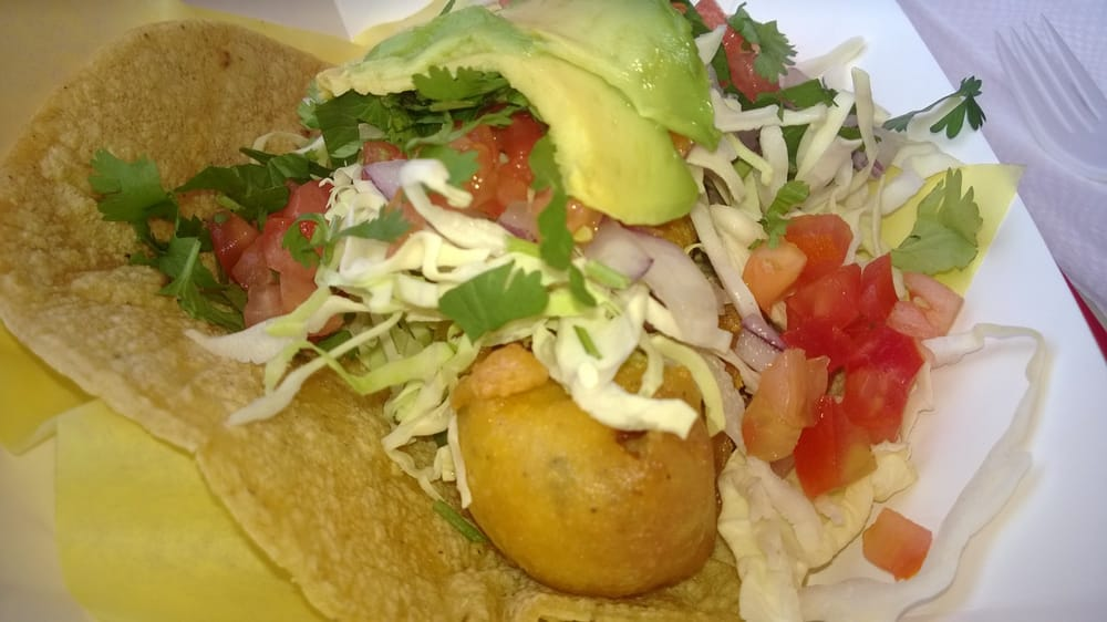 Batter fish taco yelp for Oscars fish tacos san diego