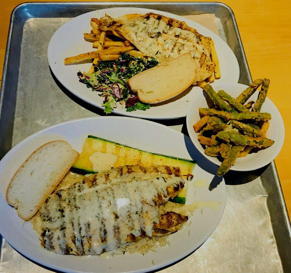 California fish grill 249 fotos y 295 rese as for California fish grill culver city ca