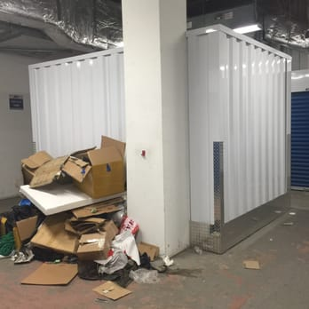 Photo Of Stadium Storage   Brooklyn, NY, United States. Garbage Pile In The