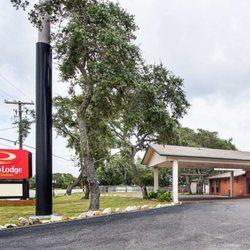 Photo Of Econo Lodge Inn Suites Fulton Rockport Tx United States
