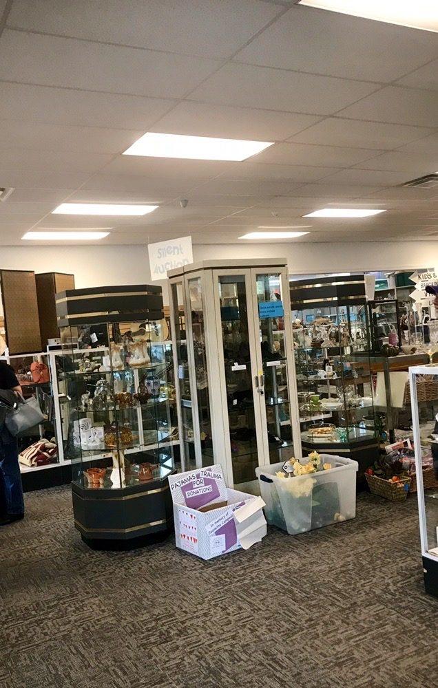 Nova Thrift Shop: 2116 Broad St, Hilltown, PA
