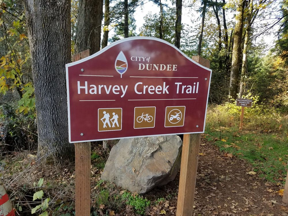 Harvey Creek Trail: Dundee, OR