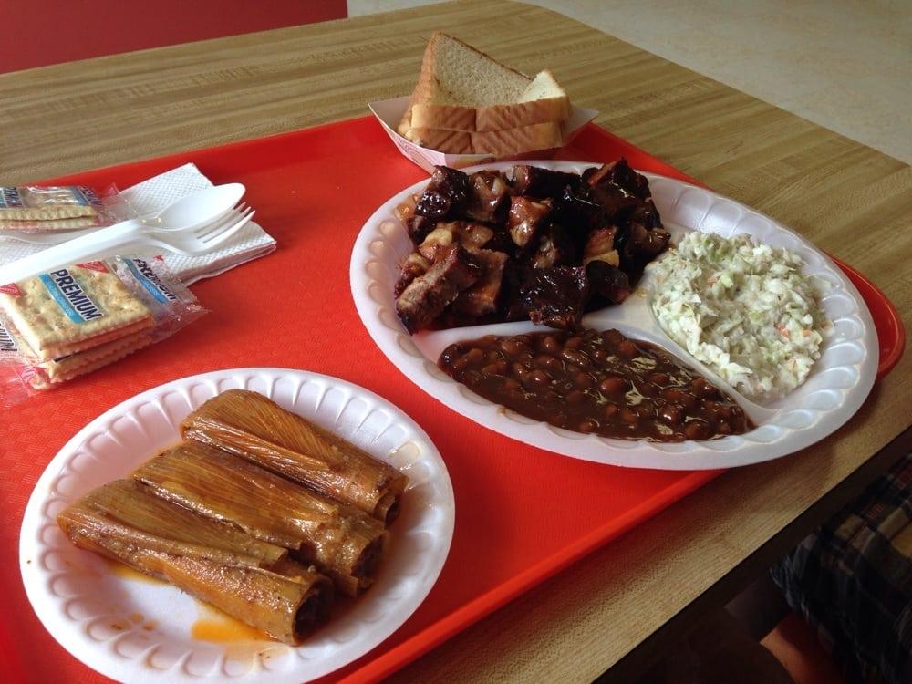 Hicks Stop & Shop Food Mart: 305 S State St, Clarksdale, MS