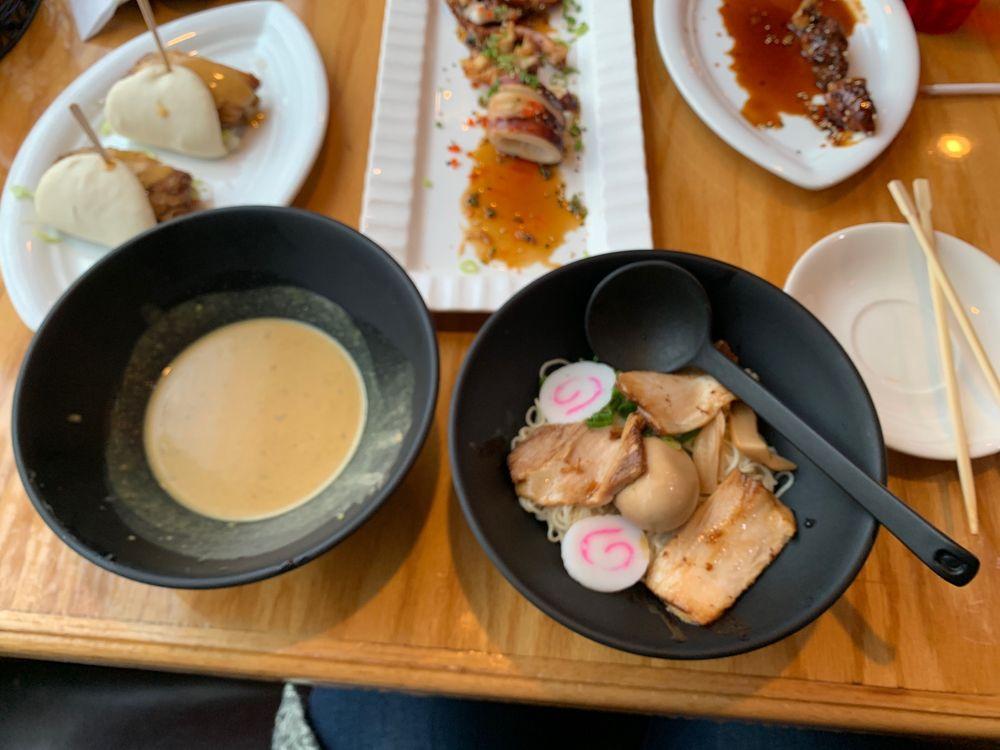 Osaka Ramen & Sushi: 4300 Monarch Way, Norfolk, VA