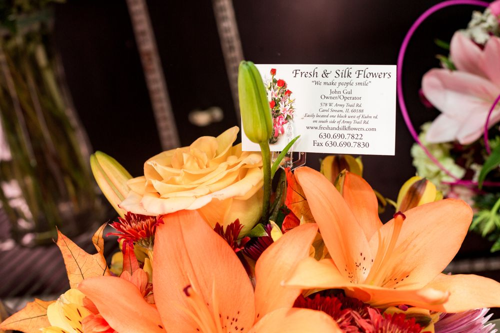 Fresh & Silk Flowers: 578 W Army Trail Rd, Carol Stream, IL