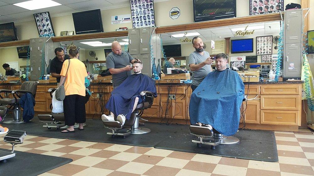 The Very Best Barber: 6416 N US Hwy 41, Apollo Beach, FL