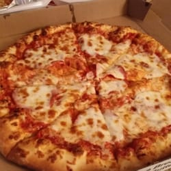 5 Dollar Pizza 12 Reviews Pizza 1105 7th St Nw Rochester Mn Restaurant Reviews Phone Number Yelp