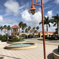 e9412343 Vero Beach Outlets - 41 Photos & 44 Reviews - Outlet Stores - 1824 94th Dr, Vero  Beach, FL - Phone Number - Yelp