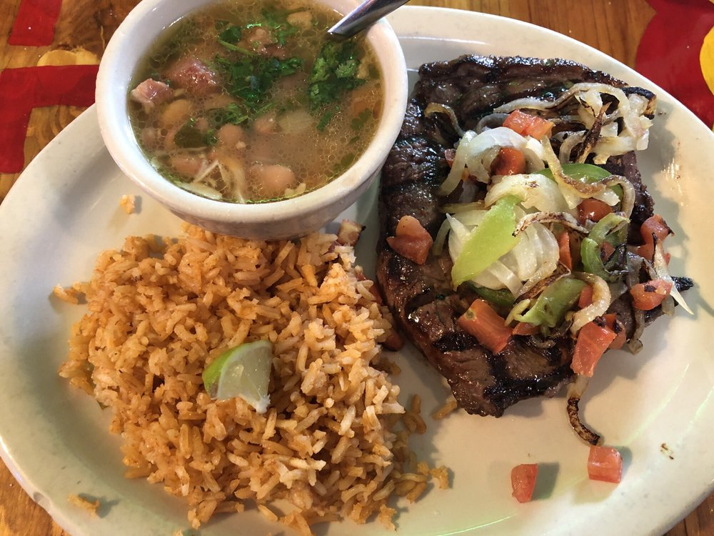 Miguelitos Mexican Grill: 1023 N 1st Ave, Crystal City, TX
