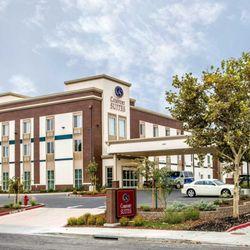 Photo Of Comfort Suites Woodland Sacramento Airport Ca United States