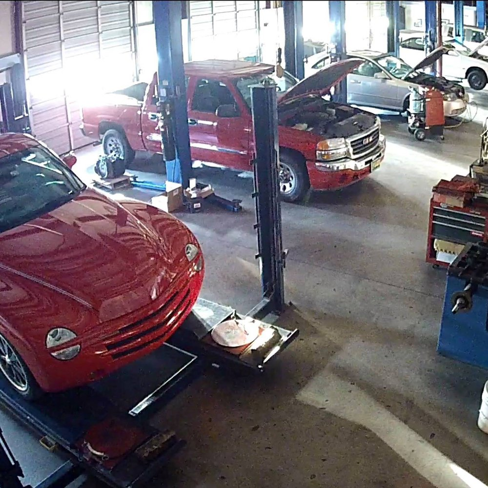 Mustang Automotive: 1600 E State Highway 152, Mustang, OK