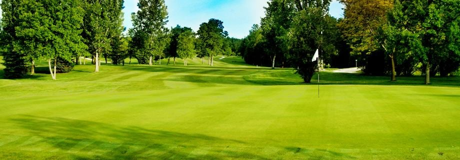 Golden Sands Golf Community: 300 Nabor Rd, Cecil, WI