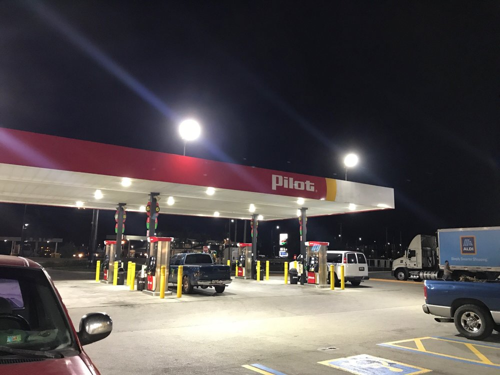 Pilot Travel Center: 210 US Hwy 27 N, South Bay, FL