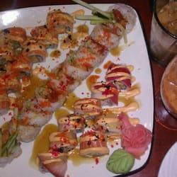 Fujiyama Thai & Sushi Bar logo