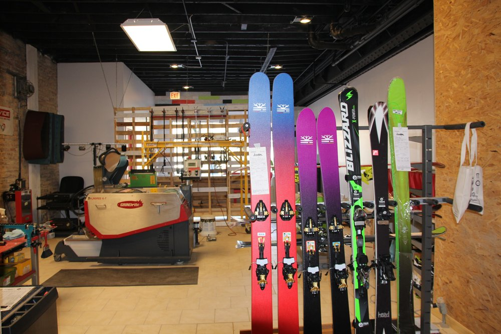 Chicago Ski Pro: 4837 W Irving Park Rd, Chicago, IL