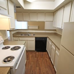 Canyon Creek Apartments - 12 Photos - Apartments - 10951 Stone ...