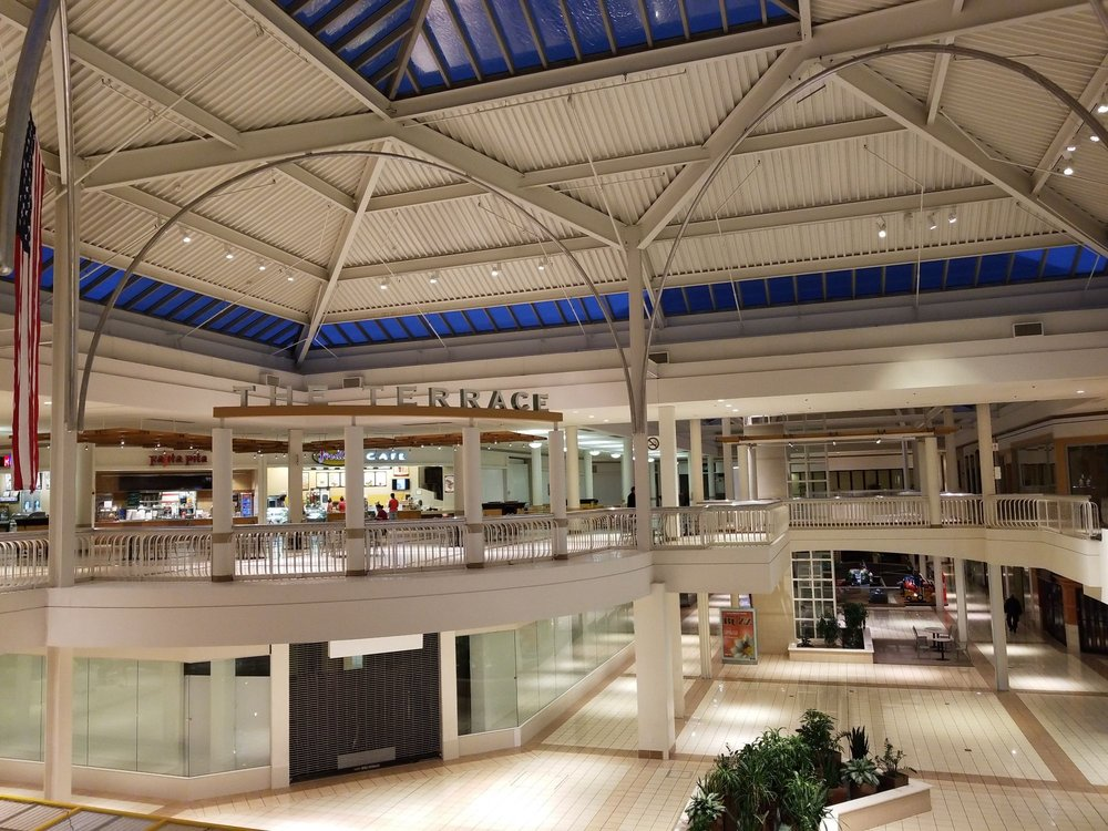 Collin Creek Mall: 811 N Central Expy, Plano, TX