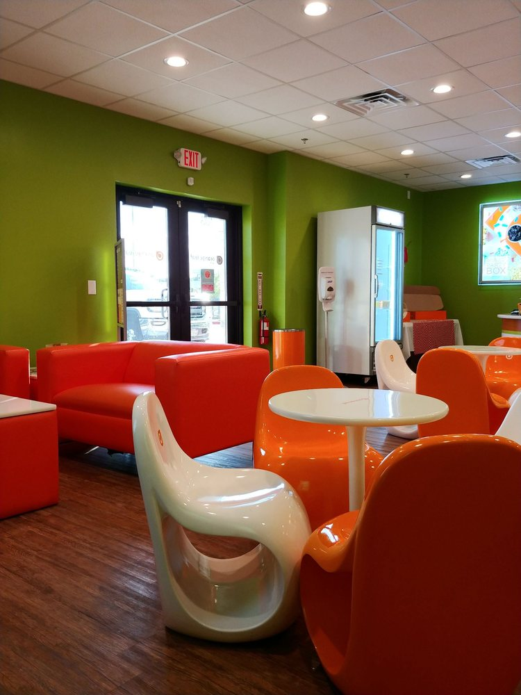 Orange Leaf Frozen Yogurt: 337 Shops Blvd, Willow Park, TX