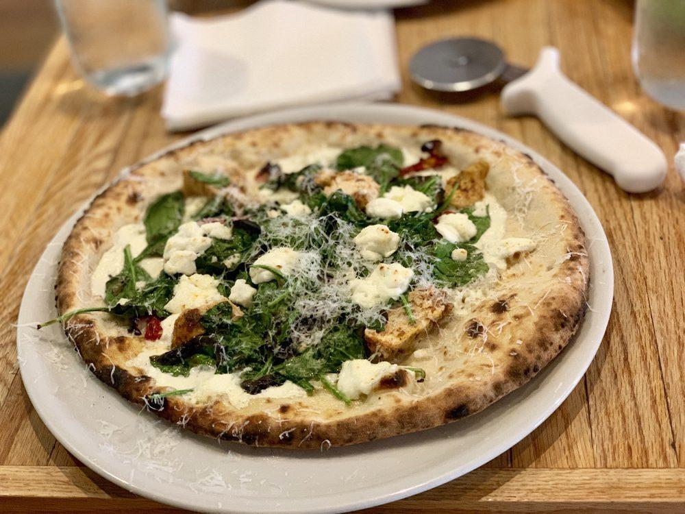 Basal Pizza: 225 W 4th St, Waterloo, IA