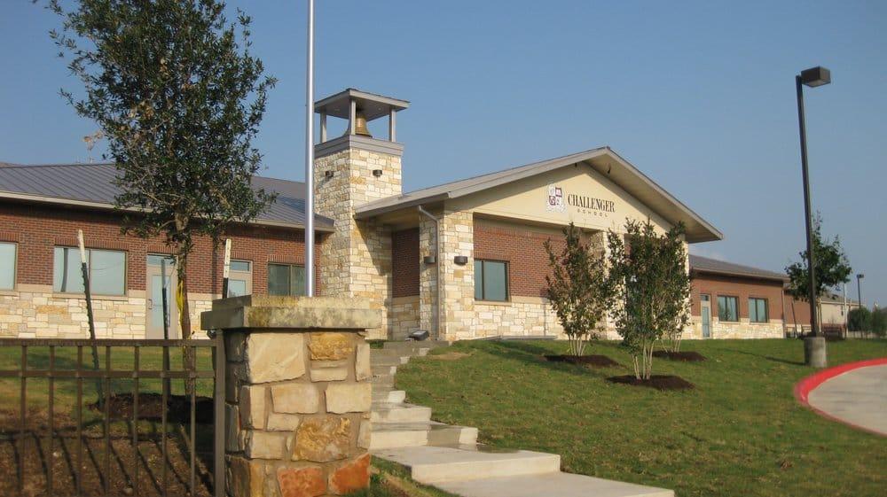 Challenger School - Pond Springs