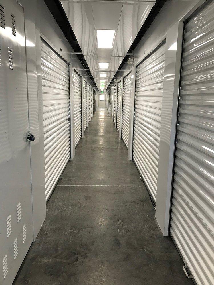 Columbus Self Storage: 395 Transit Rd, Columbus, WI