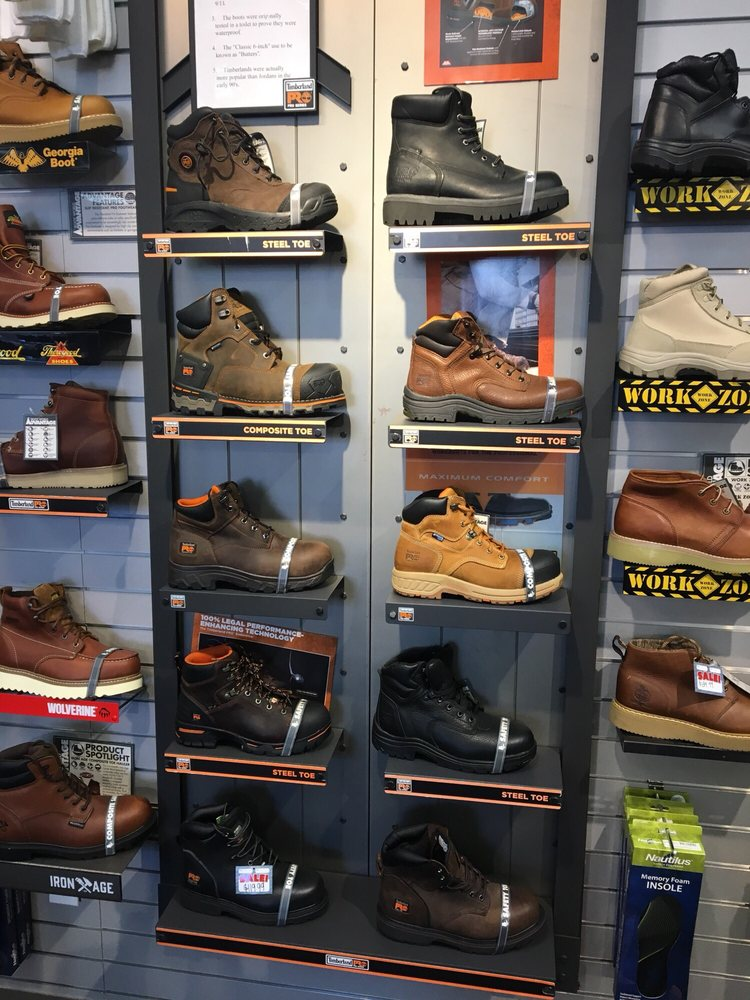 cc12e02f552 Boot World - 25 Photos & 16 Reviews - Shoe Stores - 5531 Del Amo ...