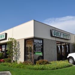Rose & Beach Golf Town logo