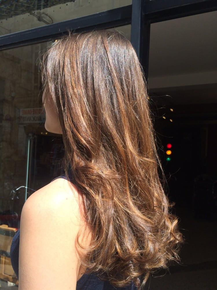 Vinyl coiffeur 18 avis coiffeurs salons de coiffure for Samantha oups au salon de coiffure