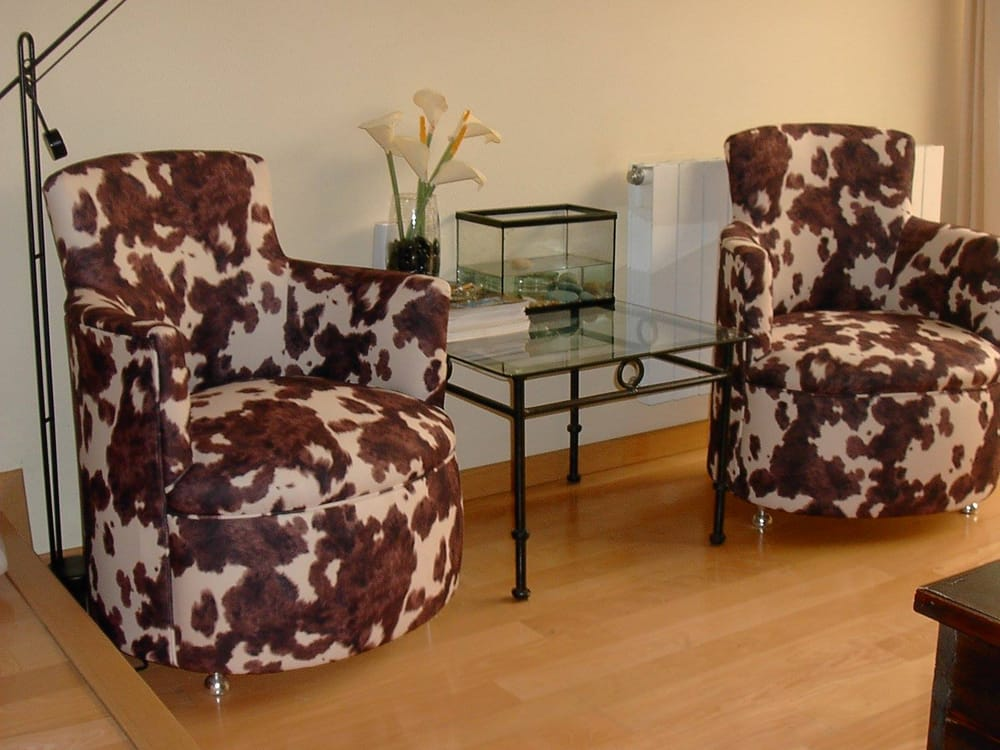 Superior Upholstery: 105 Old Country Rd, East Quogue, NY