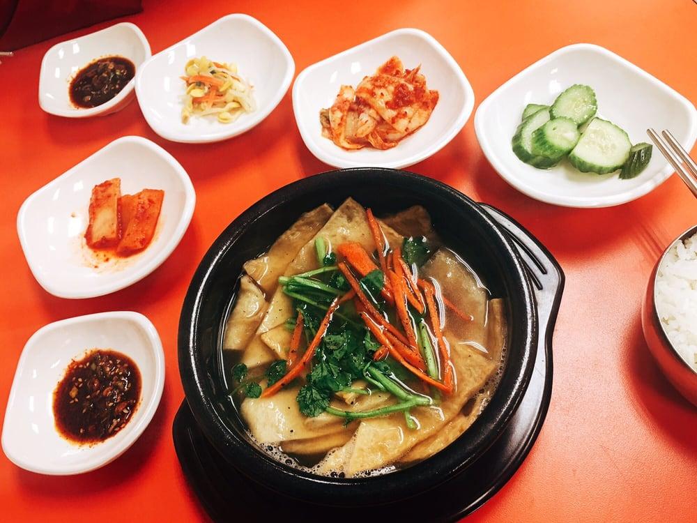 photos for mom 39 s korean food yelp. Black Bedroom Furniture Sets. Home Design Ideas