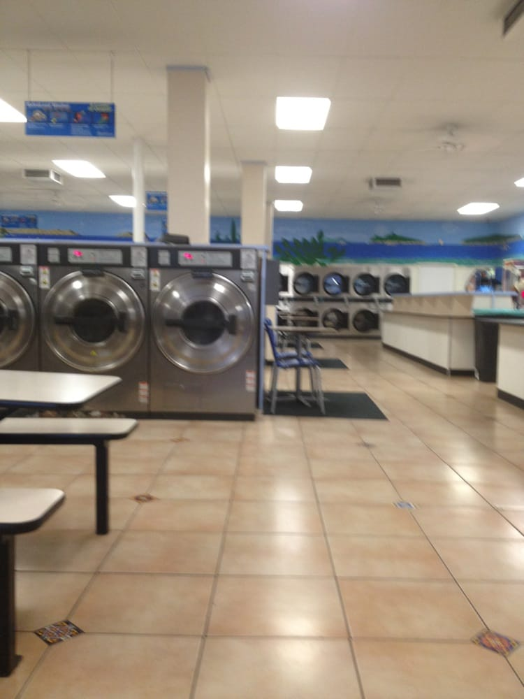 Sparklean Laundry: 2810 Niles St, Bakersfield, CA