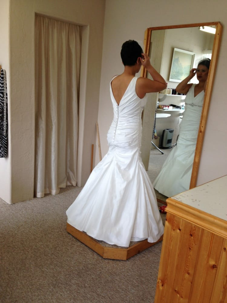 A z alterations 15 reviews tailor sewing alterations for Wedding dress steaming near me