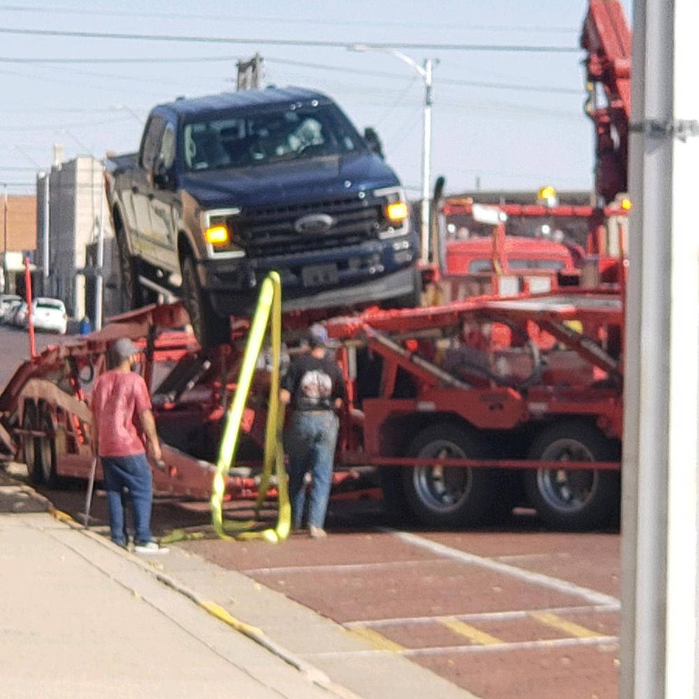 Adaptable Towing & Recovery: 37991 Drive 724, McCook, NE