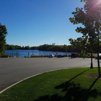 Photo Of Riverfront Park