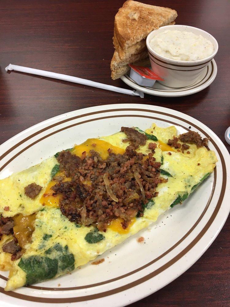 Dienner's Kitchen: 305 Bypass Hwy 123, Seneca, SC