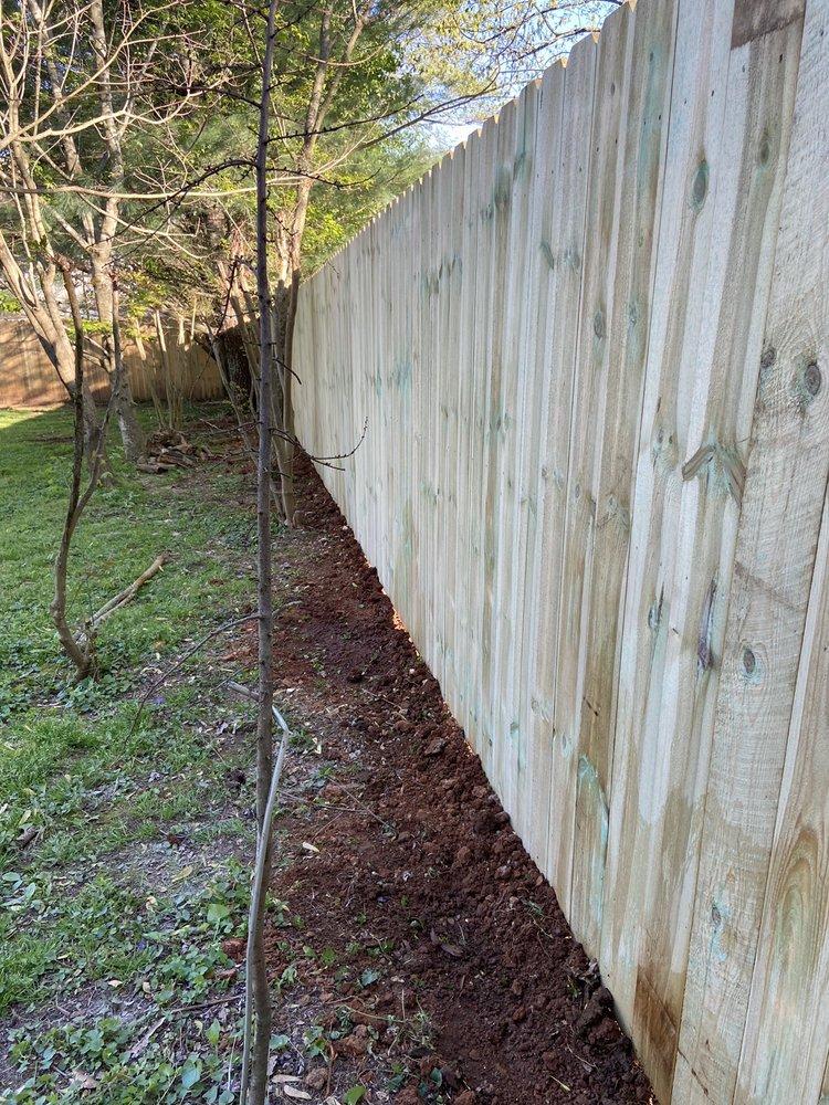 Bryant Fence Company: 8002 Clinton Hwy, Powell, TN
