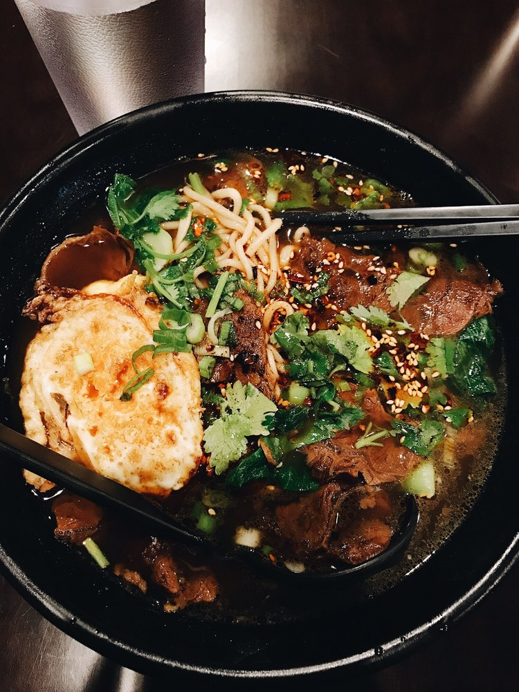 Food from Splendid Noodle