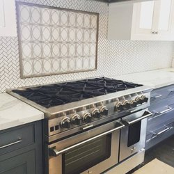 aj madison appliance showroom 28 photos 252 reviews appliances 3605 13th ave brooklyn. Black Bedroom Furniture Sets. Home Design Ideas
