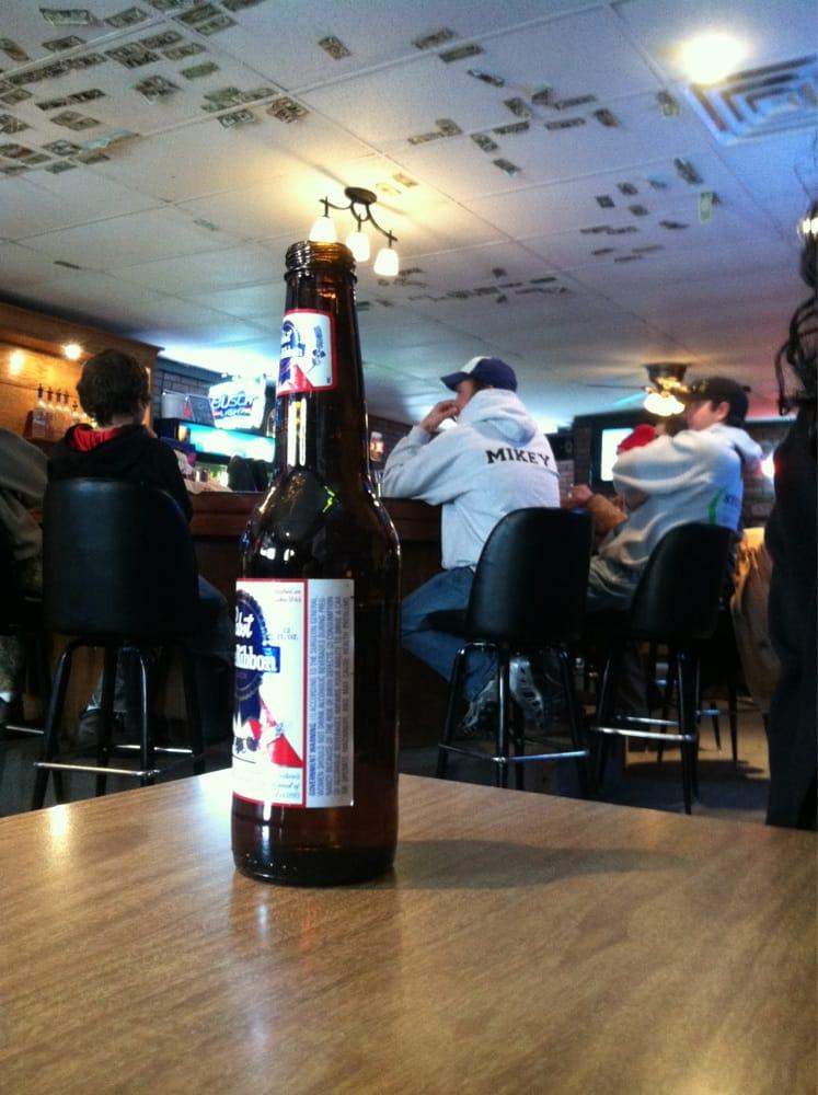 Hills Bar & Grill: 102 Main St E, Hills, IA