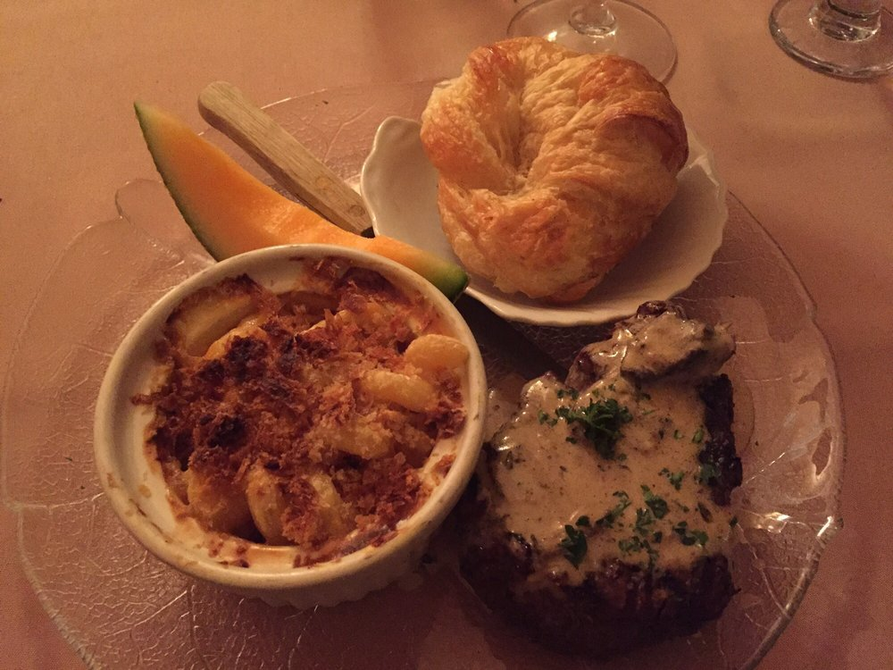 Mary's Restaurant: 509 S Park Ave, Herrin, IL