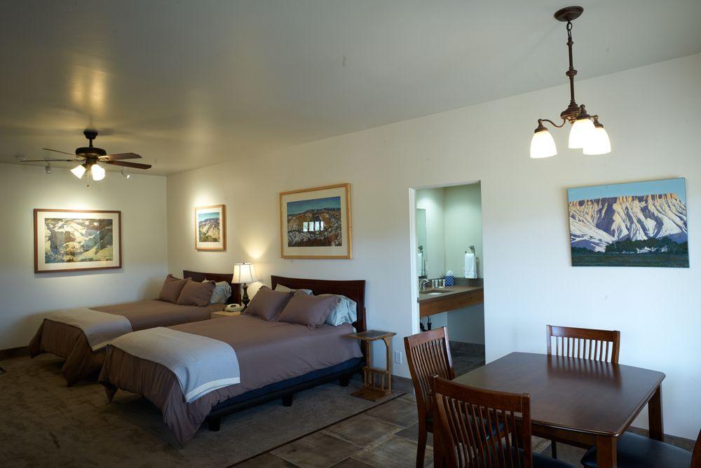 Entrada Escalante Lodge: 480 W Main St, Escalante, UT