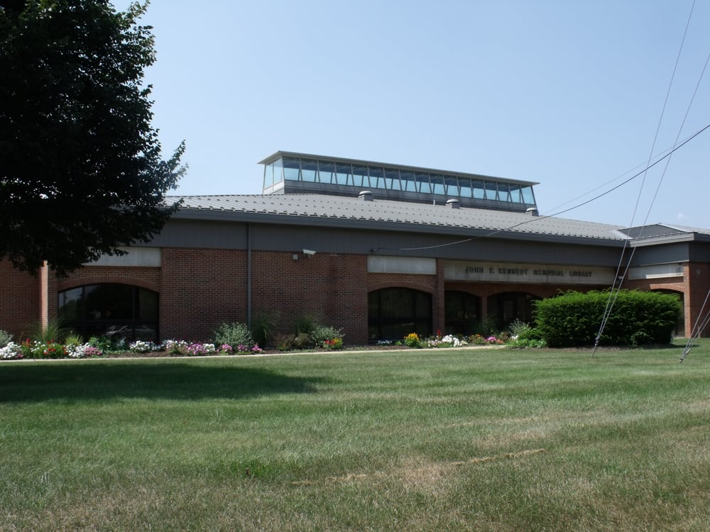 Piscataway Public Library - Kennedy Branch: 500 Hoes Ln, Piscataway, NJ