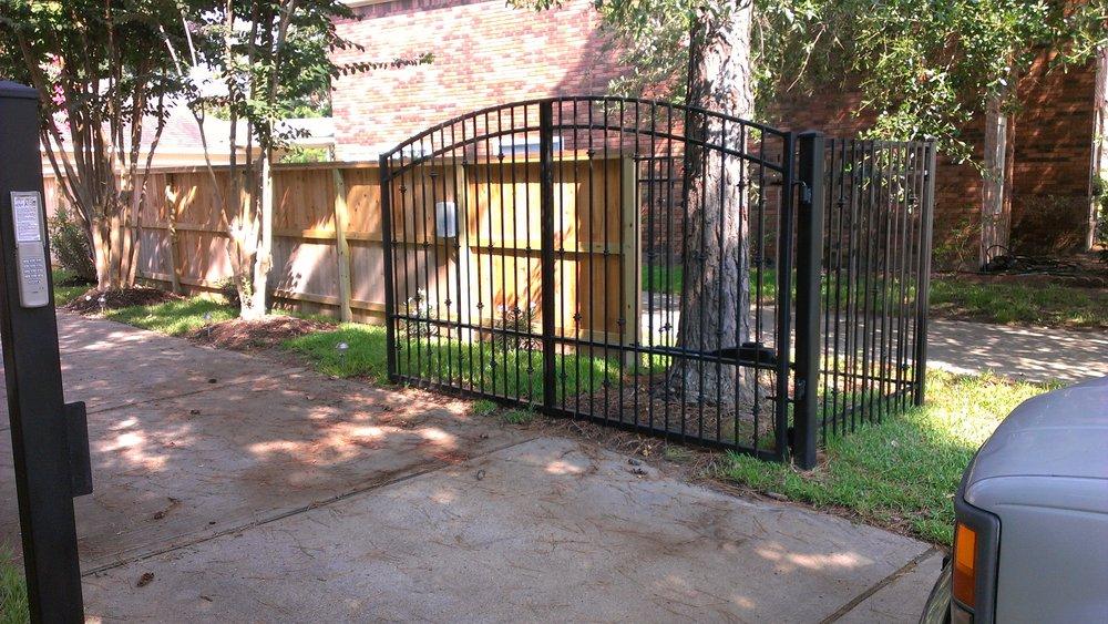 Houston Gate and Fence Repair: Richmond, TX