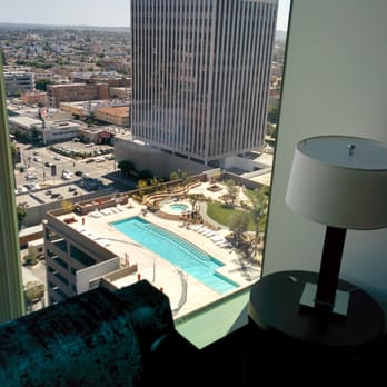 Photo Of The Vermont Apartments Los Angeles Ca United States Pool And