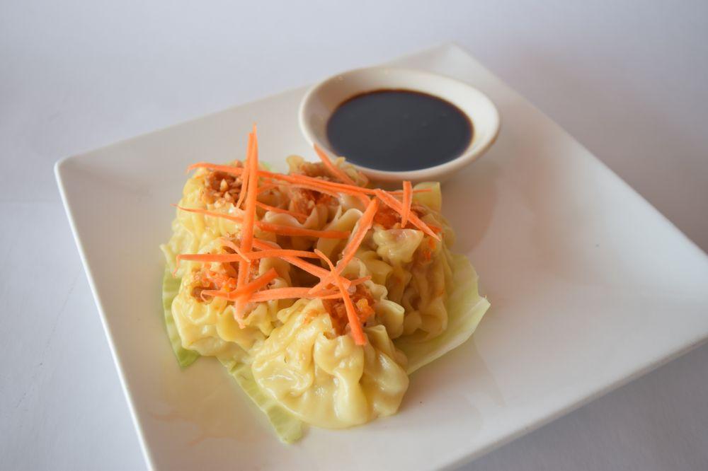 Z E N Thai & Japanese Cuisine: 9250 Watson Rd, Saint Louis, MO