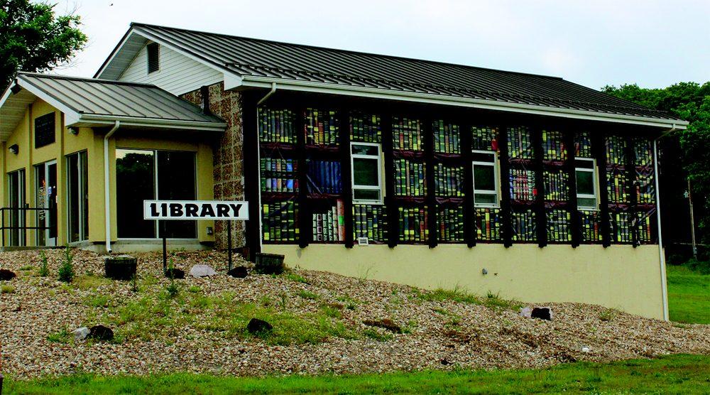 Macks Creek Library: 90 State Rd N, Macks Creek, MO