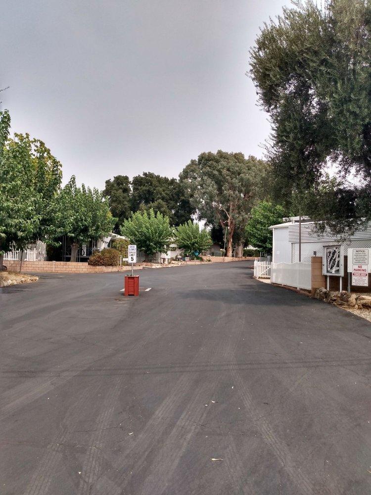 Big Oak Gardens Mobile Home Park: 35080 Chandler Ave Spc 3, Calimesa, CA